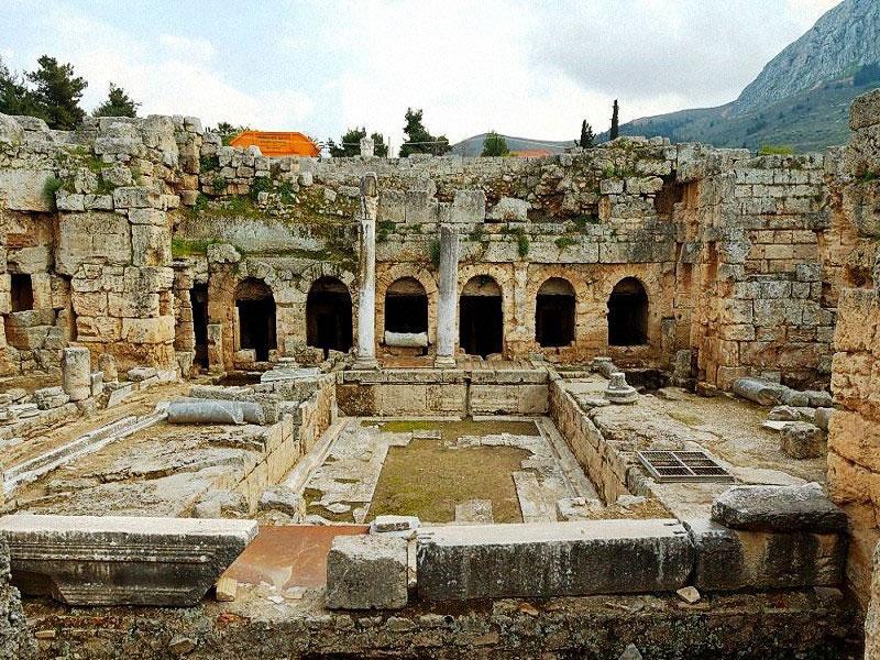 Римские бани в древнем Коринфе