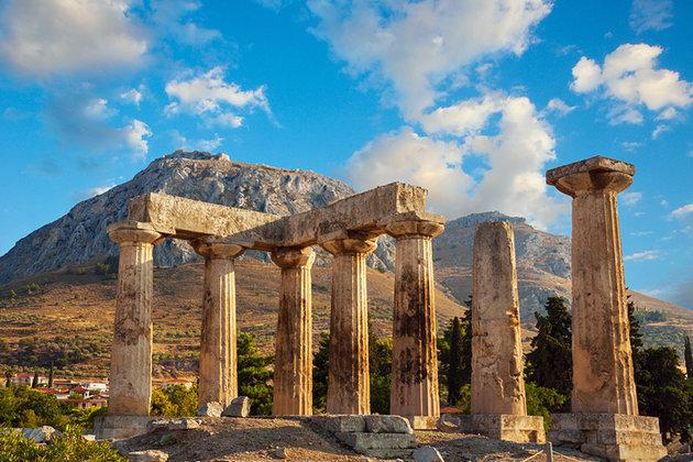 храм Аполлона в Корифе